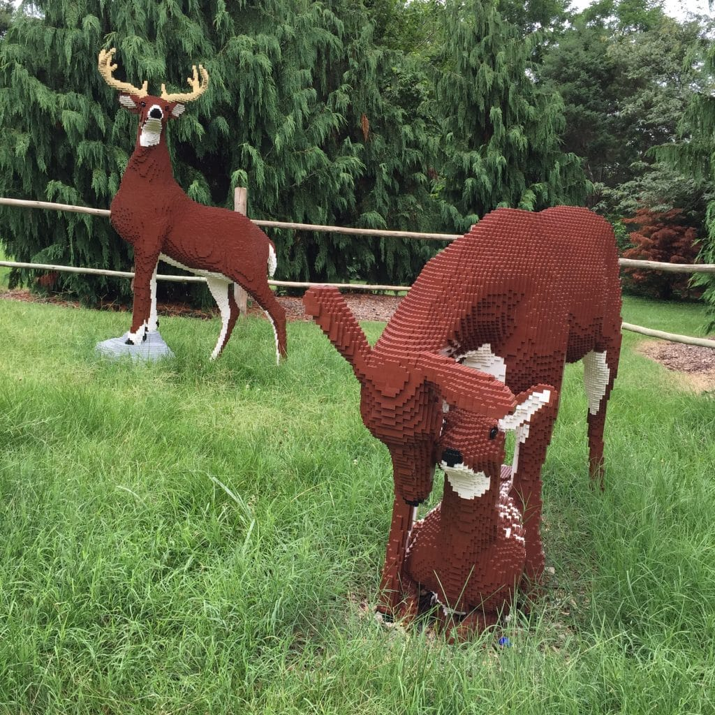 White-tailed Deer Family Lego Sculpture by Sean Kenny at Louisville Zoo