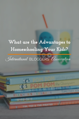 What are the Advantages to Homeschooling Your Kids? #LaughLearnLinkup
