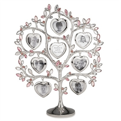 Family Tree Heart Frame would make a great gift for mom!